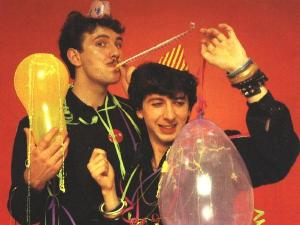 Soft Cell 2 party time